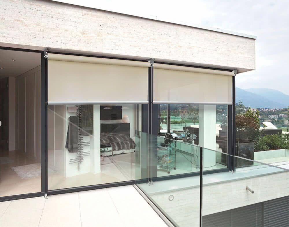 Toldos verticales para terrazas vertical cortaviento with for Toldos verticales para terrazas
